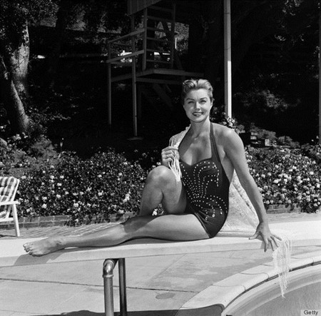 O Esther Williams Home 570