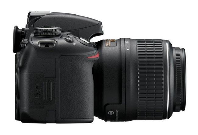 Nikon D3200 lateral