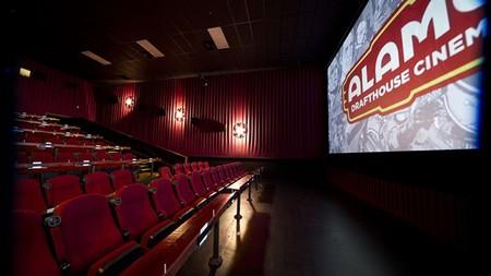 Qué ha sido de los cines que ofrecían (y ofrecen) tarifas planas mensuales