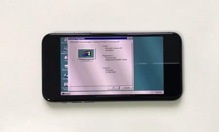 ¿Un iPhone X con Windows 95? Todo es posible gracias a este emulador