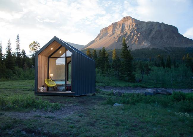 Mono Cabin 1
