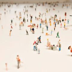 Foto 2 de 7 de la galería mesa-de-centro-con-escenas-en-miniatura en Decoesfera