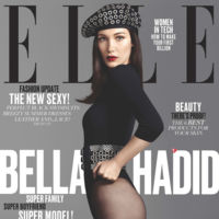 Bella Hadid posa para ELLE USA luciendo un look a medio camino entre una existencialista bohemia y una guerrillera de lo más chic