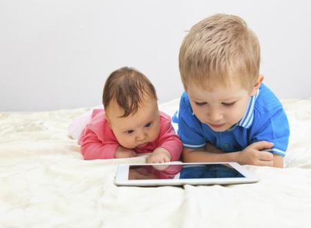 Ojo a las pantallas: dañan la vista de los más pequeños