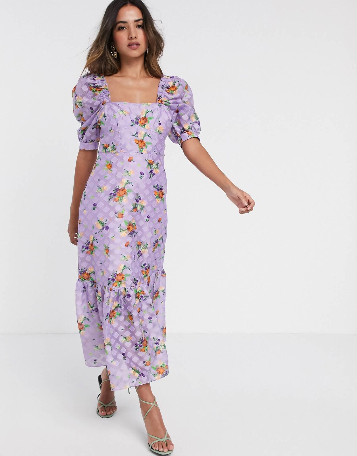 Vestido largo de organza con diseño texturizado y estampado floral de ASOS DESIGN