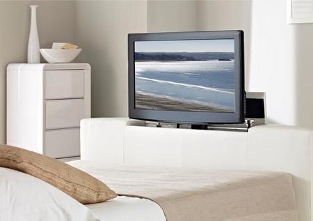 En la cama Atlantis leather Ottoman con TV me gustaría despertarme el primer día del 2013