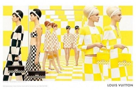 """Louis Vuitton nos deja """"a cuadros"""" con la campaña publicitaria de su colección de primavera 2013"""