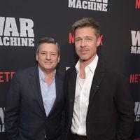 Brad Pitt da mala nota con un look que se pasa de descuidado en la proyección de 'War Machine'