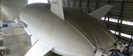 El dirigible más grande del mundo emprende su primer vuelo