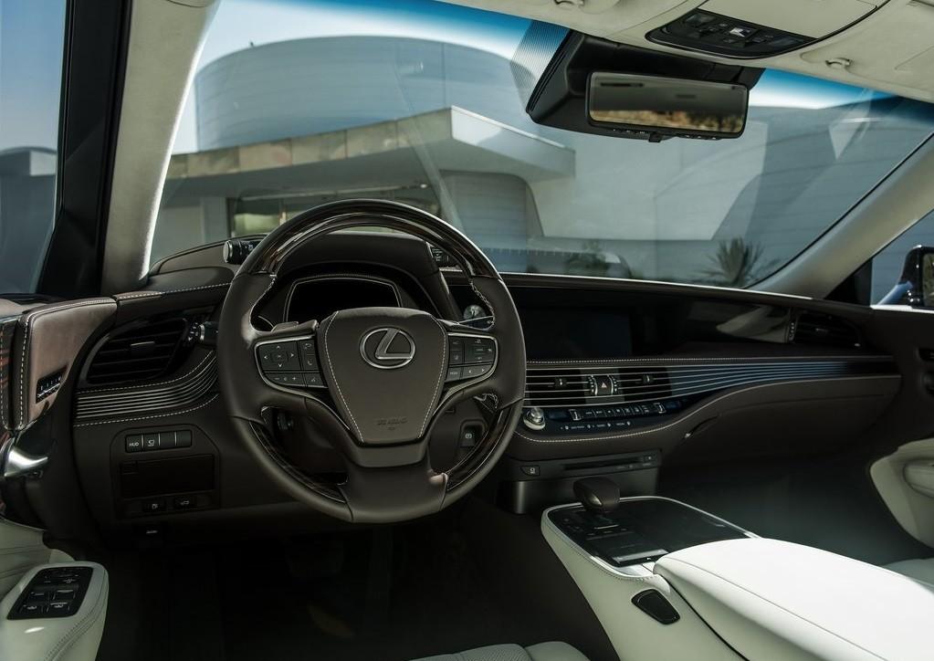 Foto de Lexus LS 500 2018 (14/19)