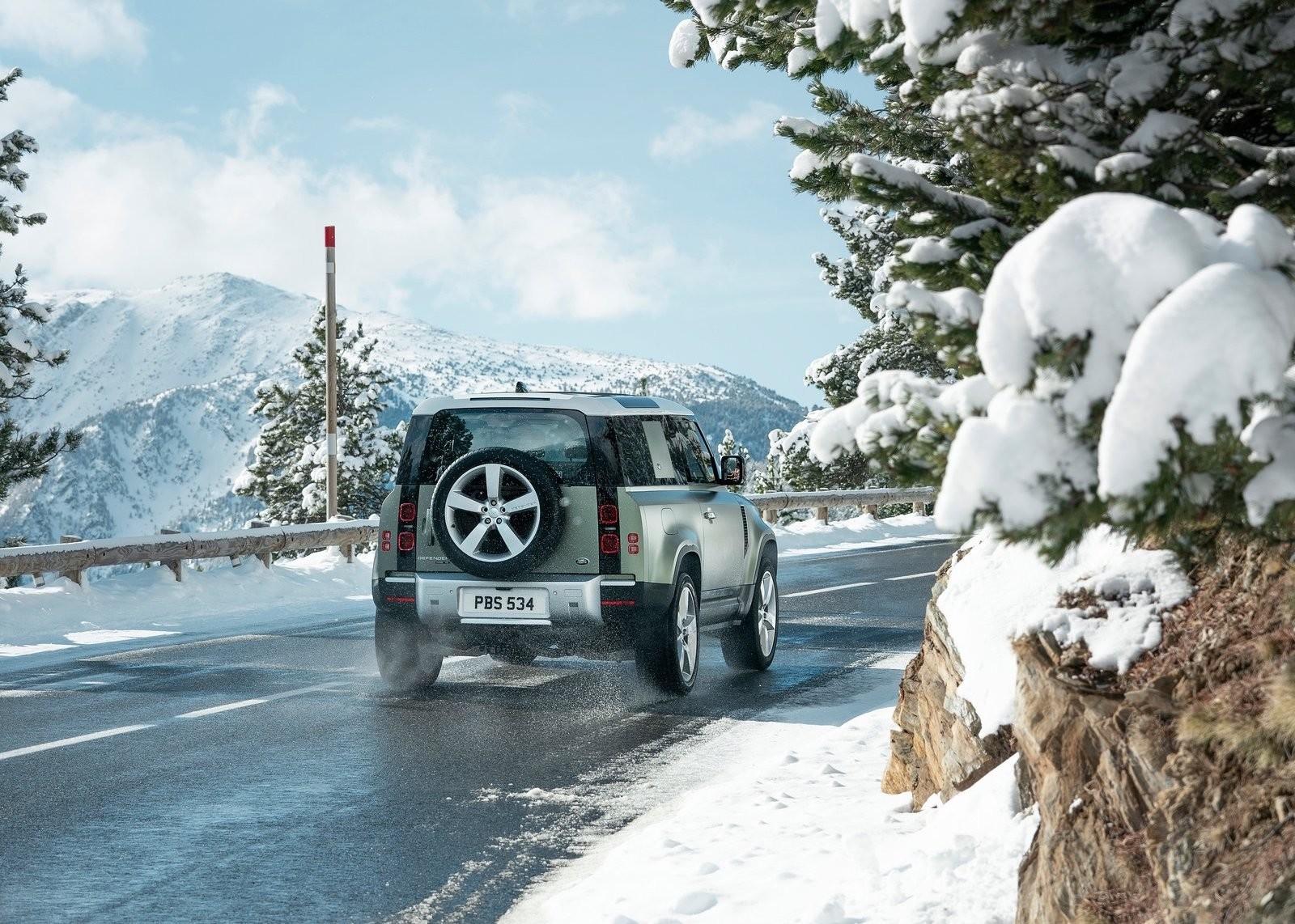Foto de Land Rover Defender 2020 (52/60)