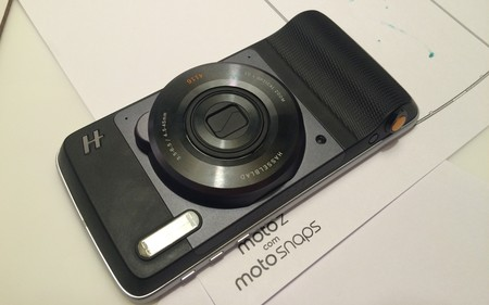 El 2017 será el año de los Moto Mods: llegarán 12 nuevos accesorios