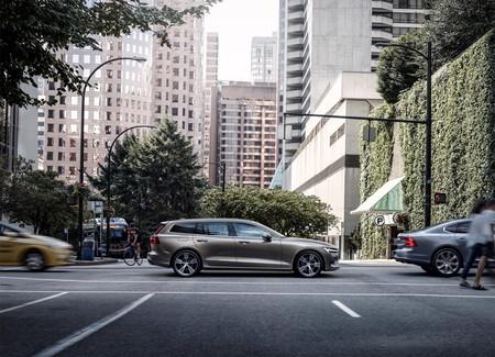 Volvo V60 2019 15