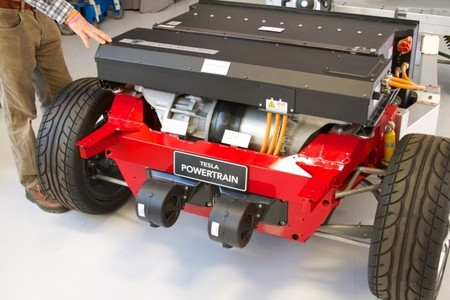 tesla-model-s-motor-electrico.jpg