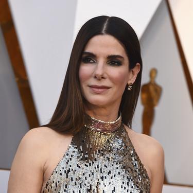 Oscar 2018: Sandra Bullock también se apunta al dorado, el metalizado más repetido de la noche