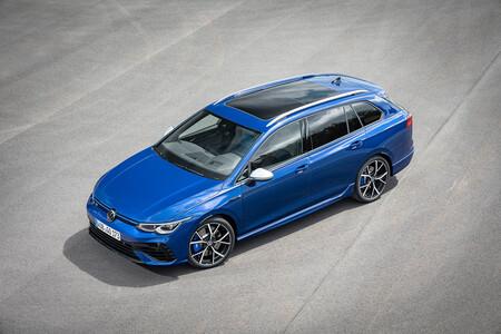 El nuevo Volkswagen Golf R Variant de 320 CV llega con modo Drift para ser el rey de los familiares deportivos compactos