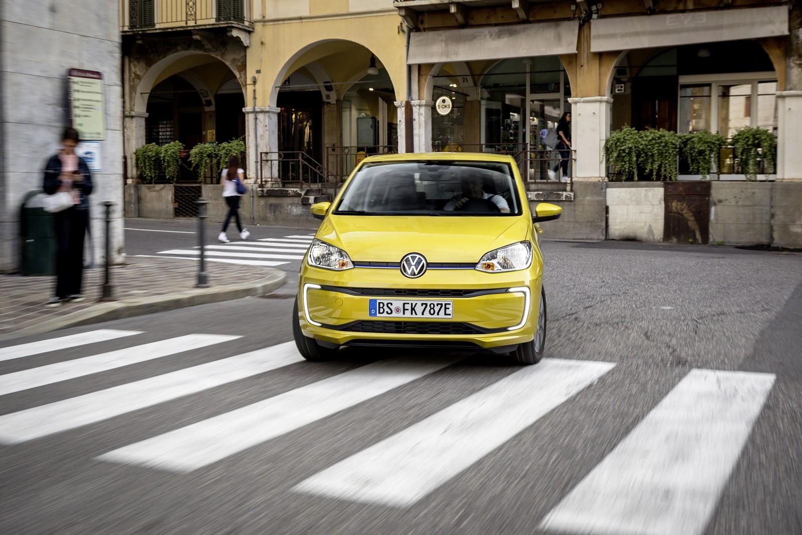 Foto de Volkswagen e-up! 2019 prueba contacto (26/33)