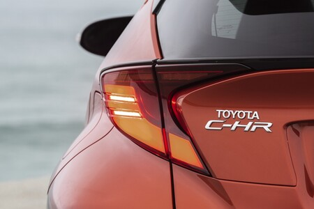 Crossover Toyota C-HR Electric Hybrid