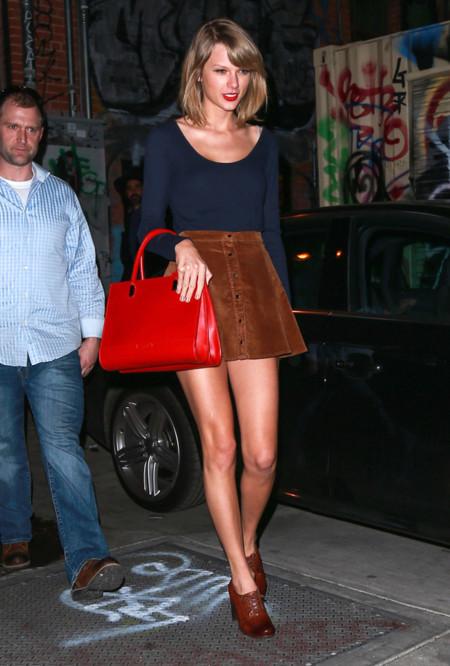 Taylor Swift Falda look