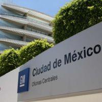 """Trump ataca a General Motors por invertir en México y """"dejar sin empleo a los  estadounidenses"""""""