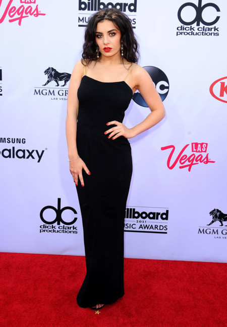 Charli Xcx Billboard 2015