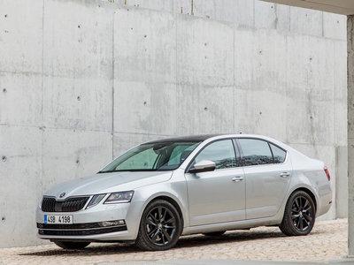 Škoda Octavia 2017: El primo checo del Jetta se pone al día