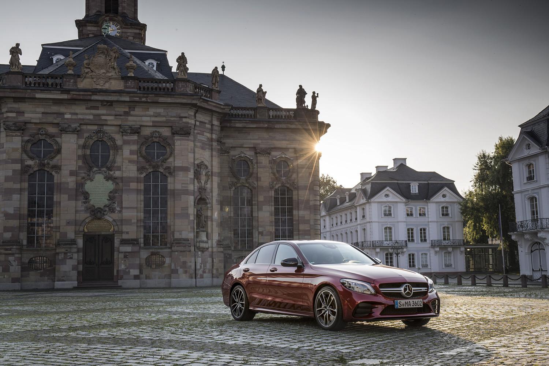 Foto de Mercedes-Benz Clase C 2018, toma de contacto (180/255)