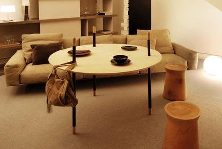 Una curiosa mesa reversible para el salón