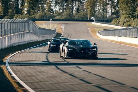Bugatti Chiron Pur Sport Sale A Correr En La Pista 6