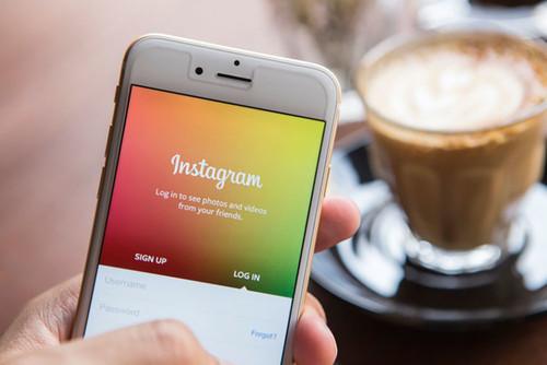Y de repente, Instagram se volvió Snapchat con Stories