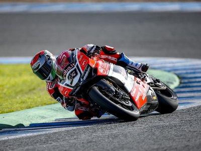 Marco Melandri, del banquillo a favorito en el Mundial de Superbike