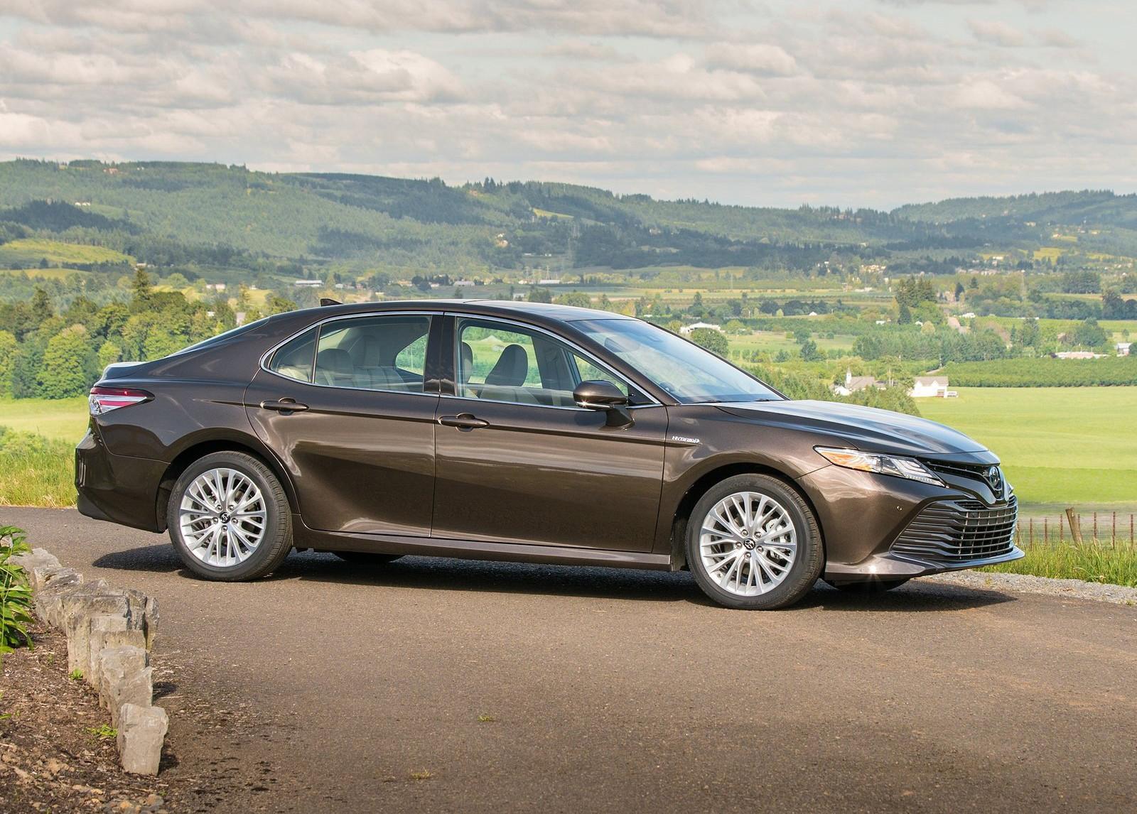 Foto de Toyota Camry Hybrid (3/12)