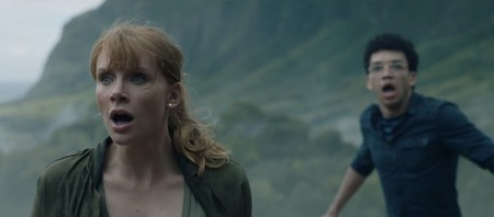 El nuevo teaser de 'Jurassic World: El reíno caído' muestra que hay algo peor que una estampida de dinosaurios