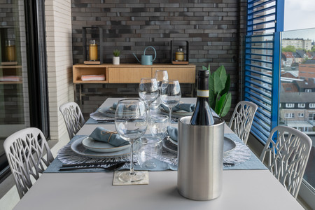 Fast Forest Chairs Easy Table Private House Mechelen