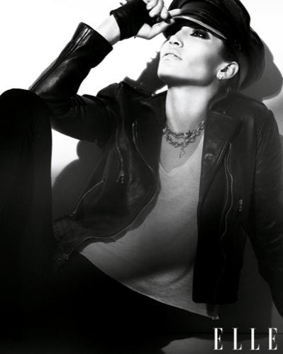 Jennifer Lopez en la portada de Elle: un estilo aburrido. Rock