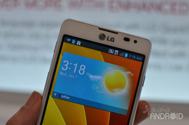 Foto de LG Optimus F5 y F7 (5/17)