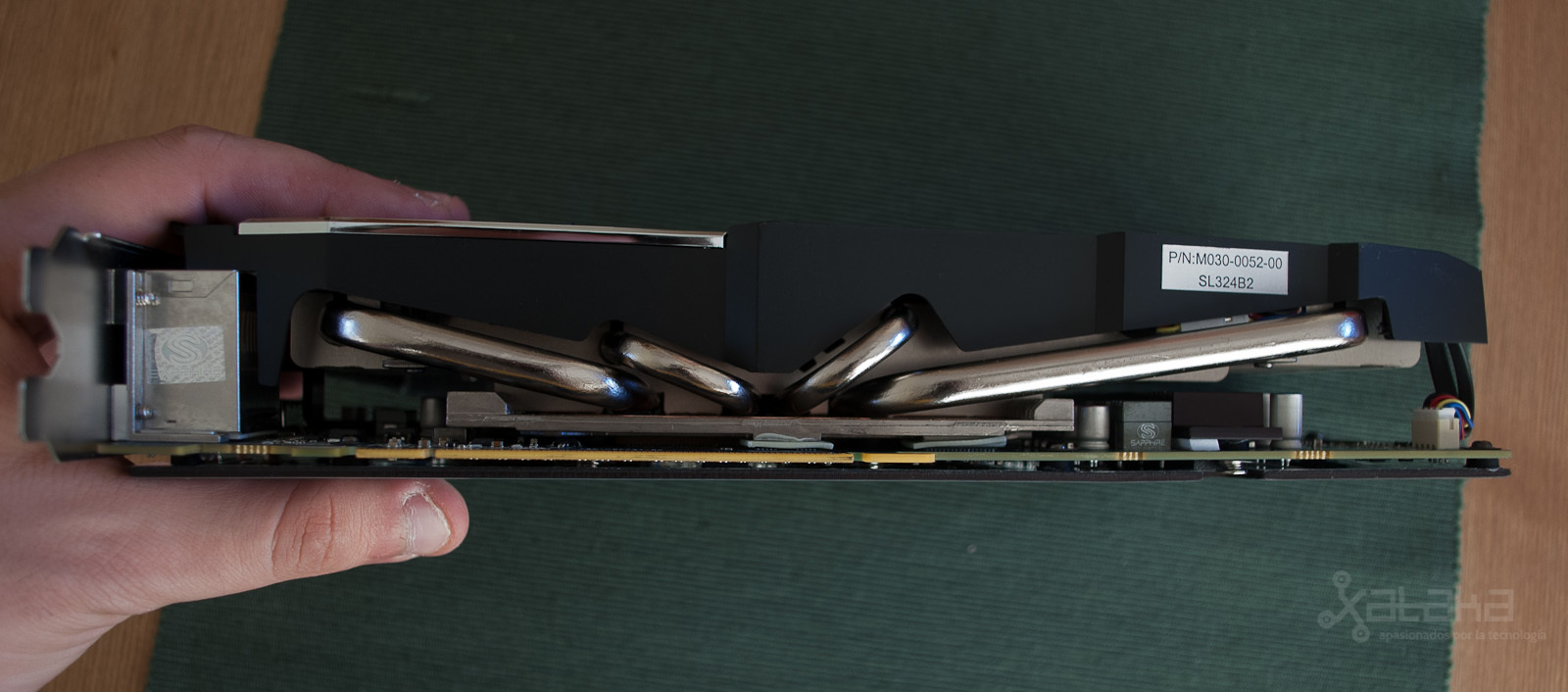 Foto de AMD R9 280X, análisis (8/14)