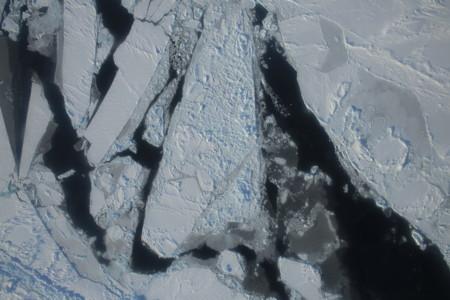 Nos estamos quedando sin hielo en el Ártico (y muy rápidamente)