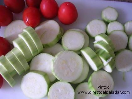 Receta de Calabacines con tomate