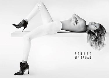 Stuart Weitzman, los siguientes en poder contar con Gisele Bündchen desnuda en su campaña