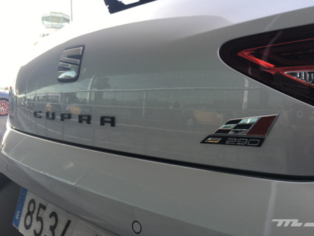 SEAT Leon Cupra 290 Contacto 2