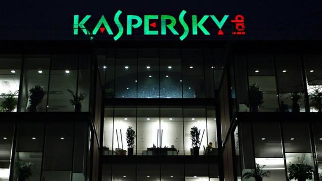 Estados Unidos le cierra otra puerta en la cara a Kaspersky, la prohibición de sus productos en el gobierno se mantiene