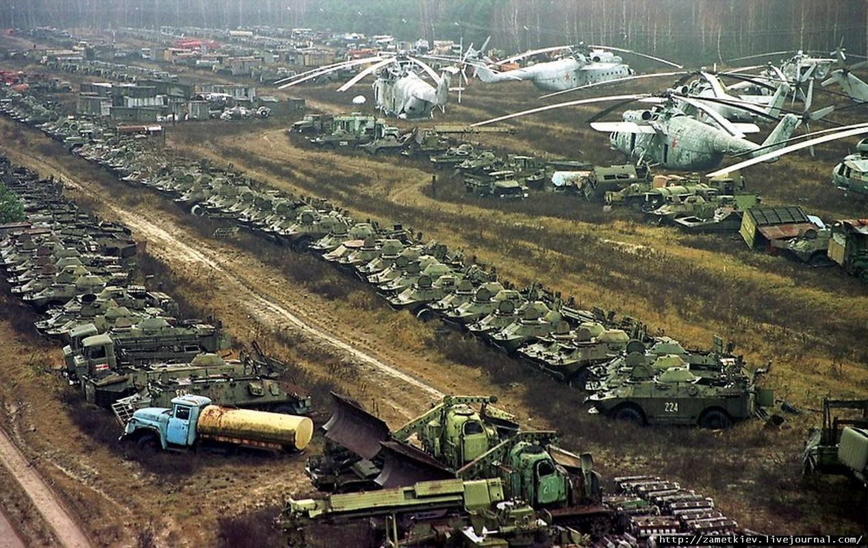 Vehículos radioactivos en Chernobyl