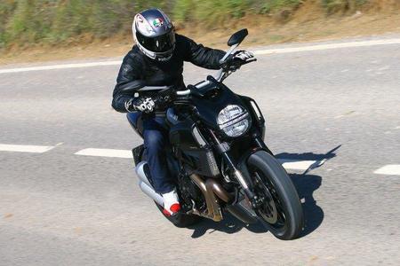 Prueba Ducati Diavel para MPM