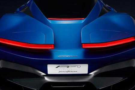 El hiperdeportivo eléctrico de Pininfarina se asoma en este primer teaser y confirma su presentación en Ginebra 2019