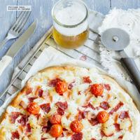 Pizza de salami y jitomate cherry. Receta fácil