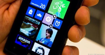 Windows Phone 8 actualiza Skype, Twitter, Facebook y nos presenta a Pandora