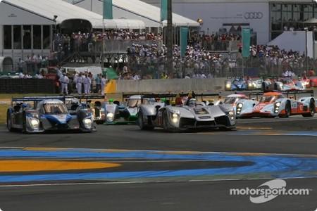 Peugeot y Porsche liderando en las 24 Horas de Le Mans