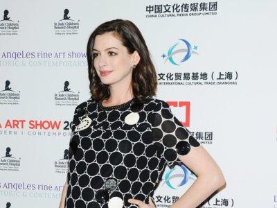 ¡Anne Hathaway ya es mamá! Repasamos algunos de sus mejores looks premamá