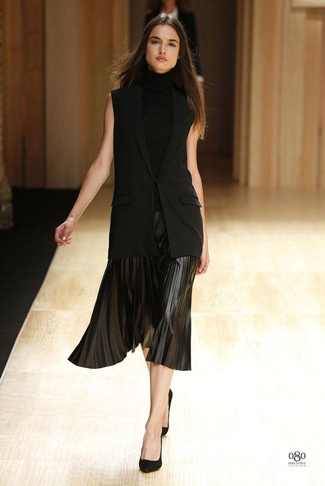 Foto de Mango abre la 080 Barcelona Fashion con su colección Otoño-Invierno 2014 y Toni Garrn (12/41)